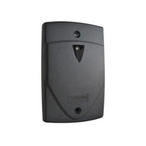 Lector de proximidad con interruptor de pared – Versión de salida / salida